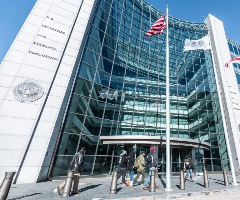 SEC Orders Proceedings to Rule on ETF, Seeks Further Feedback