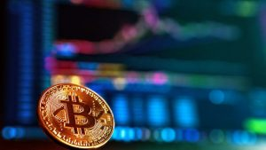 Bitcoin Briefly Drops Below $8,000 As Markets Trade Sideways