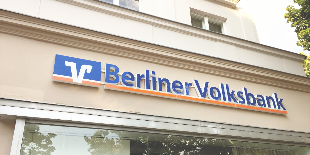 Major German Coop Bank Passes Negative Interest Rates to Customers