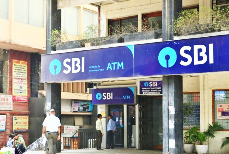 State Bank of India Chief Says Crypto Regulation Is a Must